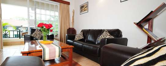 White Pearl Fully furnished & Serviced Apartments image 15