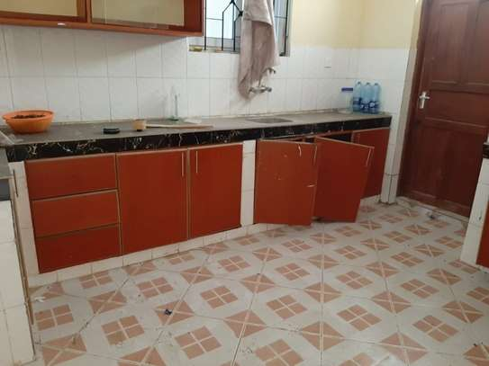 4 bedroom townhouse for rent in Nyali Area image 16