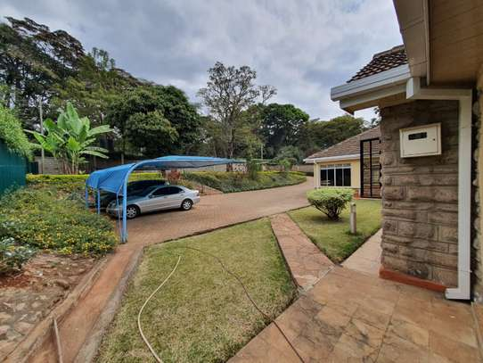 Furnished 3 bedroom house for rent in Rosslyn image 4