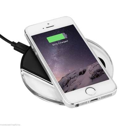 Qi wireless Charger image 2