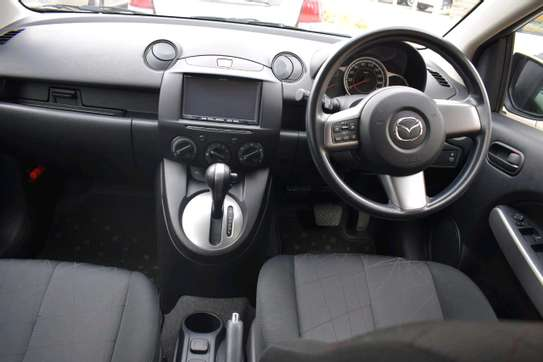 Mazda Demio image 3