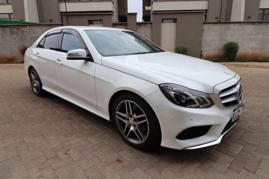 Mercedes-Benz E250 image 1