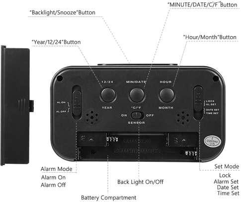 LED Digital Backlit Alarm Clock WithThermometre And Calender image 5