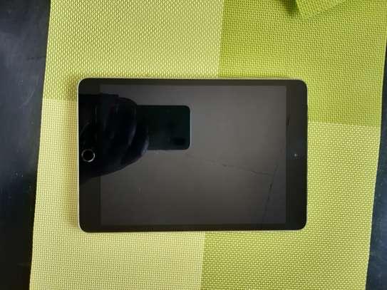 Ipad 3 mini wifi and cellular 128gb image 2