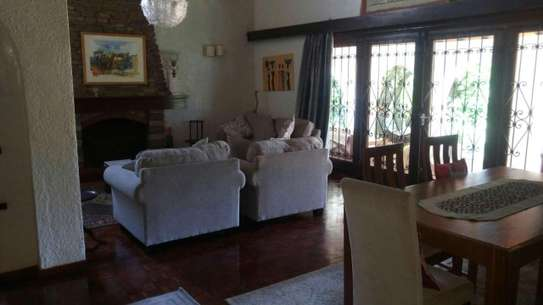 4 bedroom house for rent in Spring Valley image 4