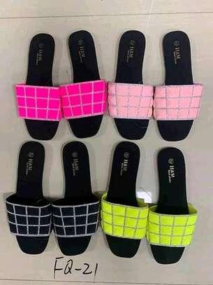 Sandals/slide image 5