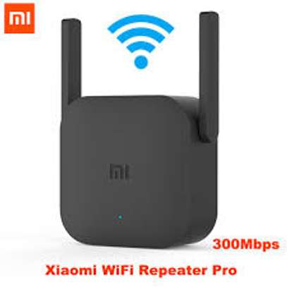 Mi Pro WiFi Extender image 1
