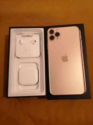 An Apple Iphone 11 Pro Max  [ 512  Gigabytes Gold ] image 1