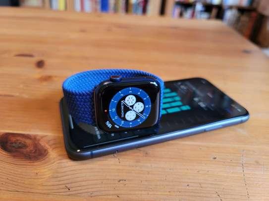 Apple Watch Series 6: 40mm image 1