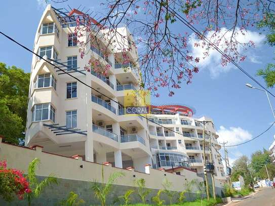 Spring Valley - Flat & Apartment