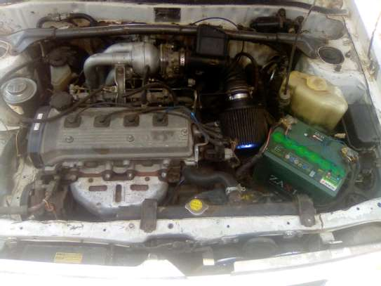 Toyota Starlet image 2