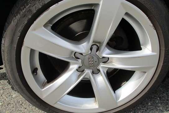 Audi A5 2.0T Quattro Coupe image 4