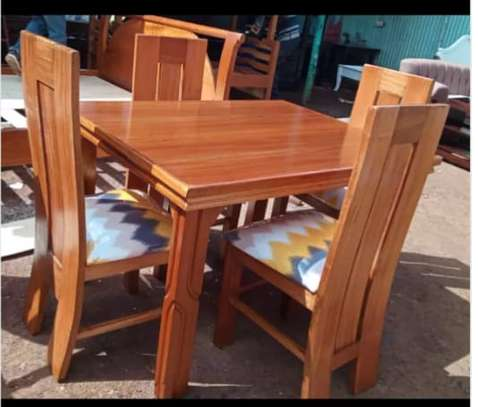 Dining set for 4 people image 2