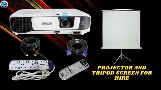 PROJECTOR  FOR HIRE &TRIPOD SCREEN 60*60 image 1