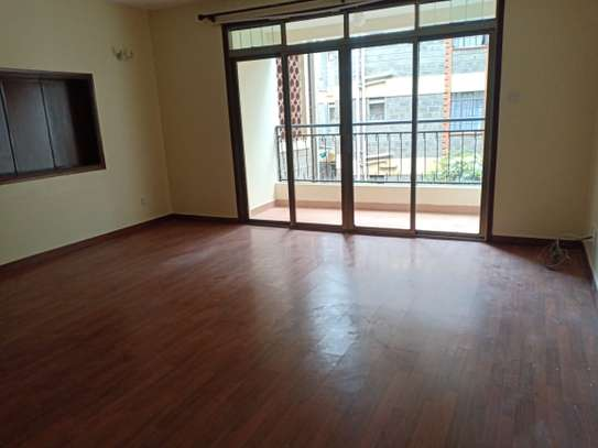 ELEGANT 3 BEDROOM ALL ENSUITE APPARTMENT WITH DSQ IN KILELESHWA image 2