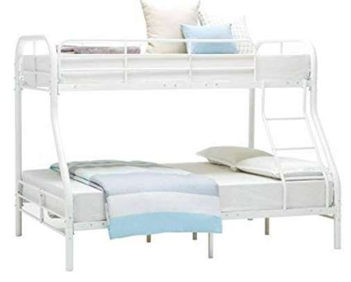 Solid White Metallic Twin Bunk Bed