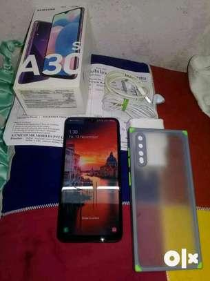 Samsung Galaxy A30s 128 Gigabytes image 2