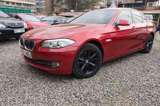 BMW 520i image 10