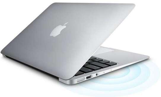 Apple MacBook Air core i5 8GB 128GB image 1