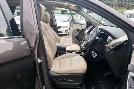 Hyundai Santa Fe image 6