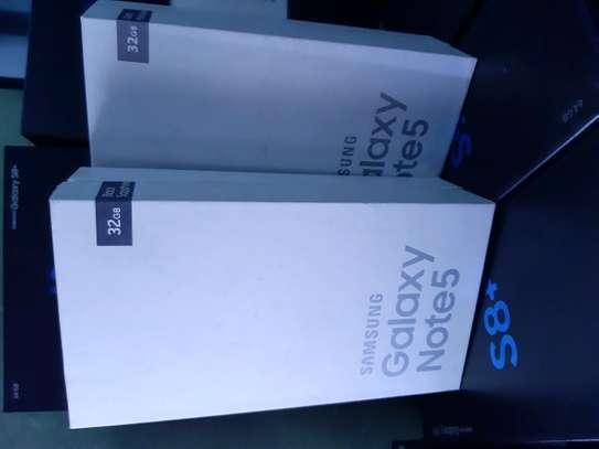 Samsung Note 5 image 1