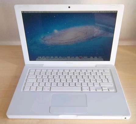 MacBook Unibody 4GB 500GB