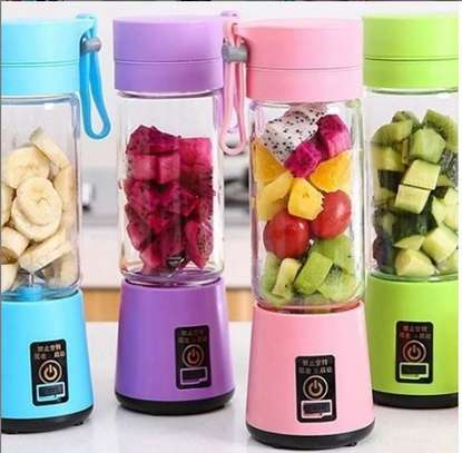 Electric portable blender..380ml image 1