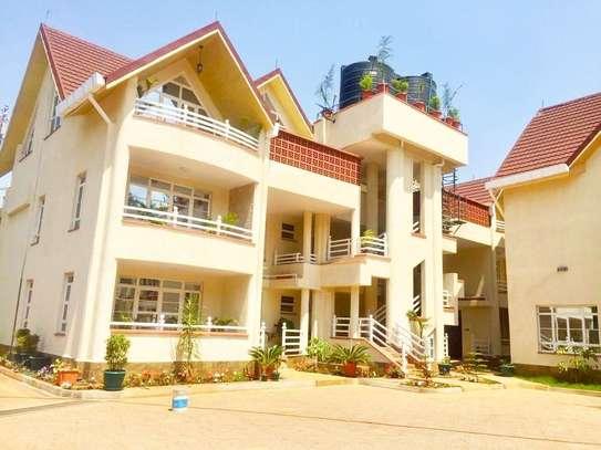4 bedroom apartment for rent in Karen image 2