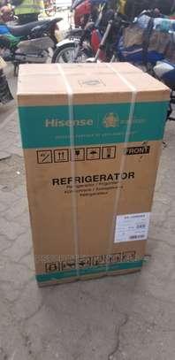 Hisense 90l Refrigerator image 2
