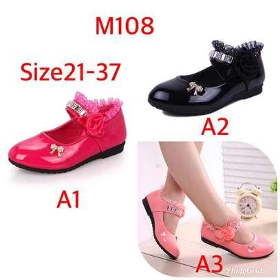 Girls flat shoes image 1