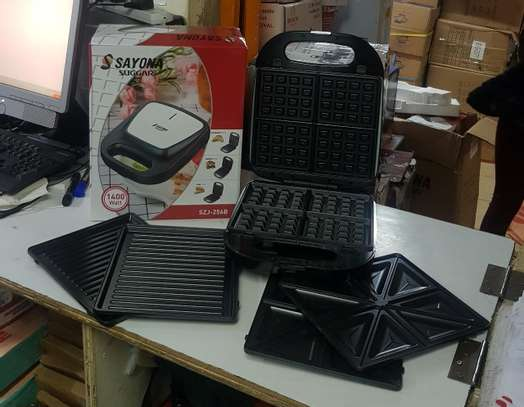 3 in1 Sandwich Waffle and Grill Maker image 1