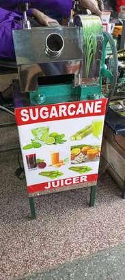 Sugarcane juice grind press machine image 1