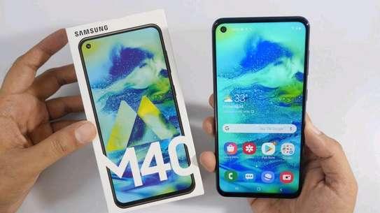 Samsung M40,wholesale price image 4