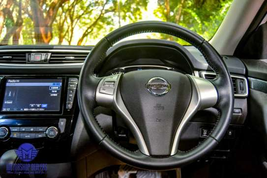 Nissan X-Trail image 12