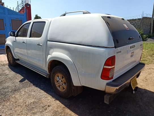 TOYOTA HILUX 4/4 DOUBLE CAB 2012 image 11