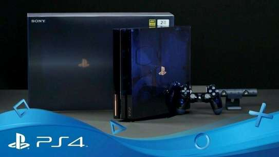 PS4 Pro 500million Limited Edition