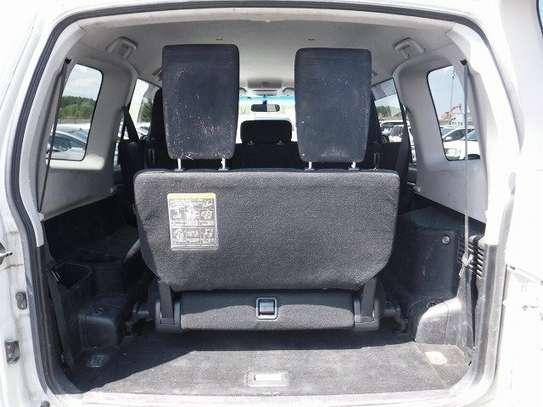 Mitsubishi Pajero image 6