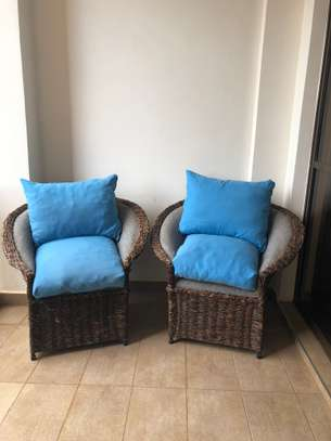 Wicker seats and table