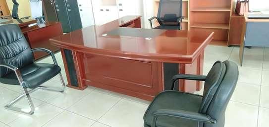 1.6m office desk image 2