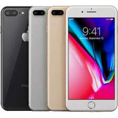 Apple iPhone 7 image 2