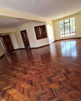 Stunningly Beautiful 3 Bedrooms Apartments in Kileleshwa image 1