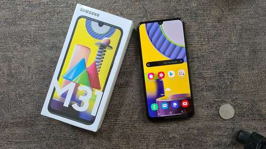 Samsung Galaxy M31 image 2