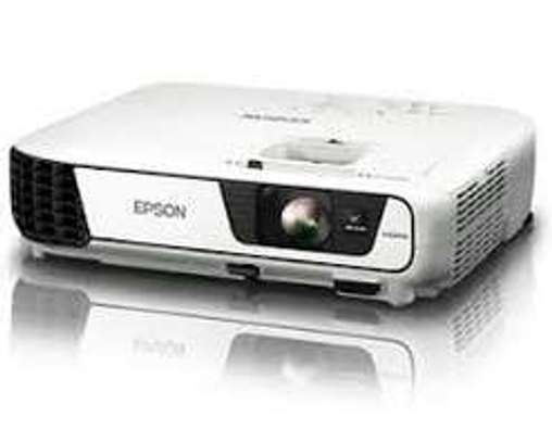 Epson EB-S41 Office Projector 3300 Lumens White image 1