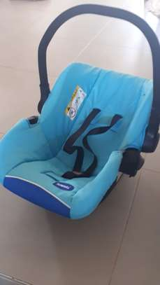 2 in 1 Infant Car Seat And Carrying Cot