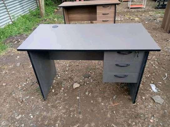 Elegant Office desks image 3