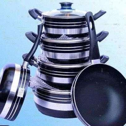 Signature cooking pots image 1