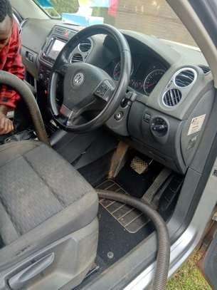 AUTO  INTERIOR CLEANING SERVICES image 8