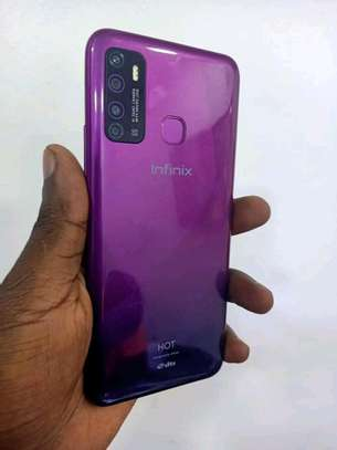 mobile phone infinix hot 9 image 2