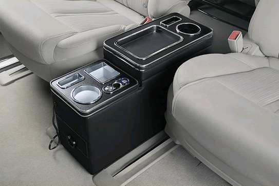 VOXY & NOAH STORAGE BOX CENTRE CONSOLE