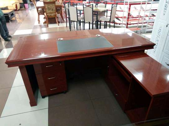 1.6 m executive office desk